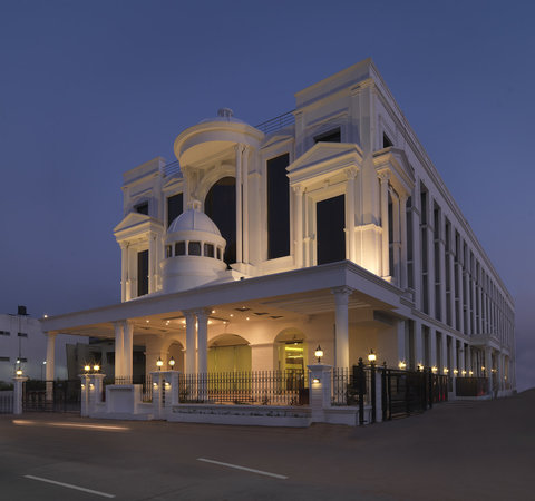 Royal Orchid Central, Sh