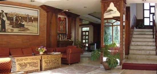 Nirvana Garden Hotel: Lobby