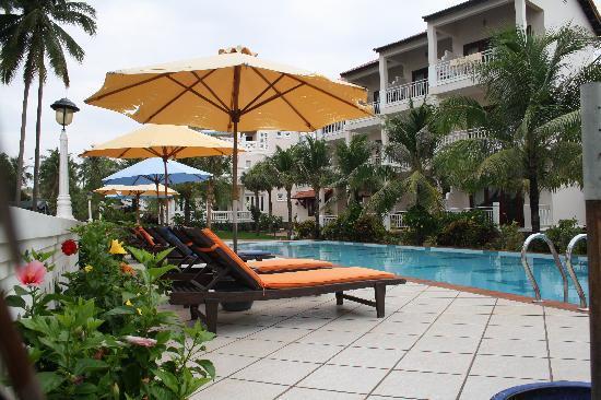 Grace Boutique Resort: Gorgeous pool area