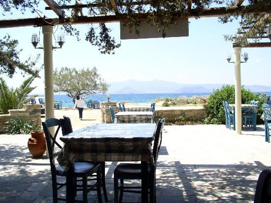 Naxos, Greece: Taverne am Beach