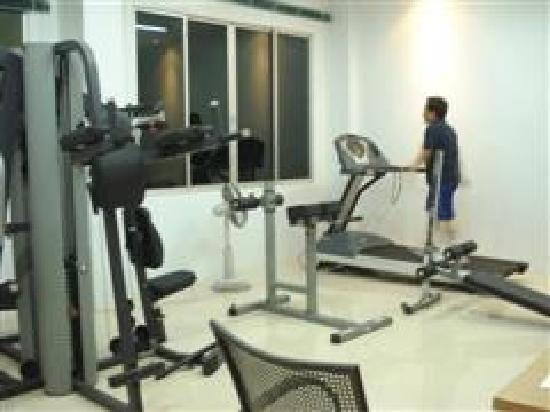 Lanta Residence & Spa: Fitness Center