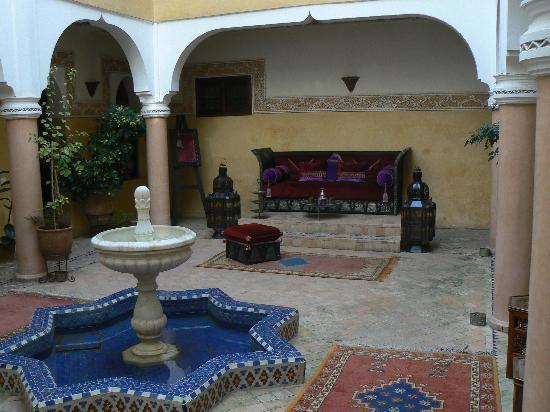 Riad Fatinat Marrakech: Patio
