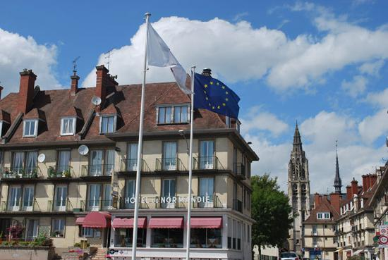Le Normandie Hotel  Caudebec