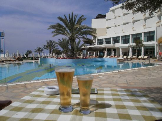 Constantinou Bros Athena Royal Beach Hotel: time for a beer