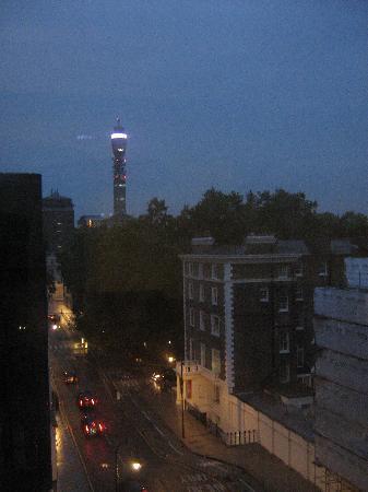 Tavistock Hotel: vista dalla finestra della camera n°624 (sesto piano)