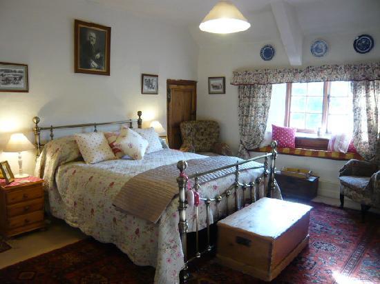 Great Sloncombe Farm: Barley Room