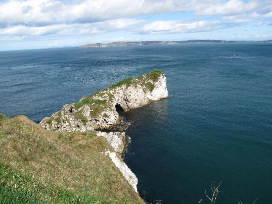 Antrim Coast Road: Kinbane Castle