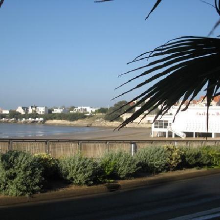 le grand hotel de la plage royan france hotel. Black Bedroom Furniture Sets. Home Design Ideas