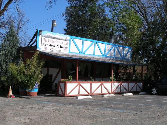 Himalayan Cafe: Drive Up View