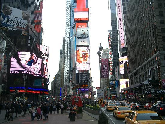 Times square il centro del mondo foto di new york city for Hotel centro new york