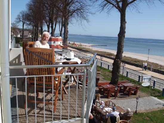 Hof Sierksdorf: Netter Balkon Morgen- bis Nachmittagssonne