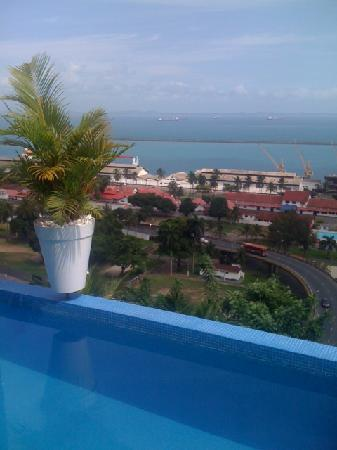 Aram Yami Hotel: Private pool and view