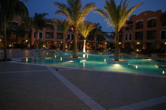 Jaz Dar El Madina : La piscina illuminata
