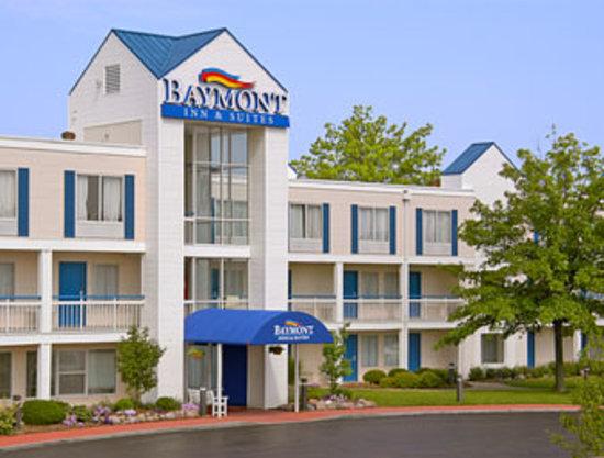 Baymont Inn & Suites Peoria: Baymont Inn & Suites