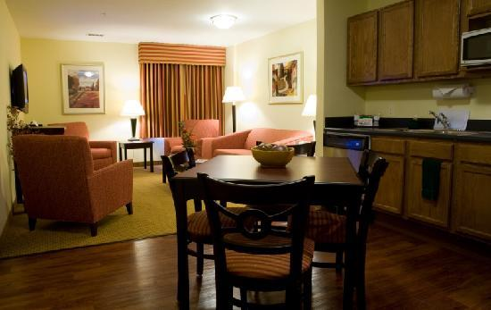 Columbus Extended Stay Hotel: Executive 2 Bedroom, 2 Bath Apartment