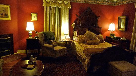 Mt. Gretna Inn: one of the rooms