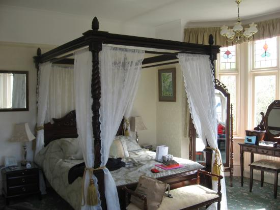 The Grey House Hotel: Bedroom