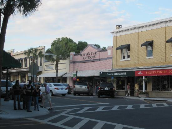 Mount Dora Historic Inn: Charming little town