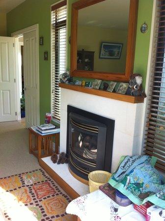 Glenveagh B&B : Pretty interior!