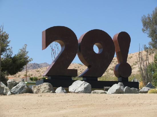 Twentynine Palms, CA: 29! Sculpture by Chuck Caplinger and Moe Pegorelli