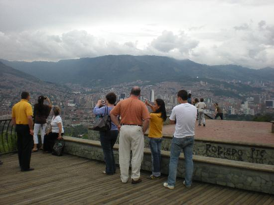 Turibus Colombia: At a stop