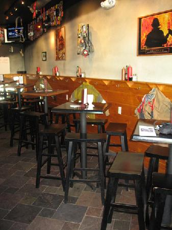 The Halligan Bar and Grill: Tables