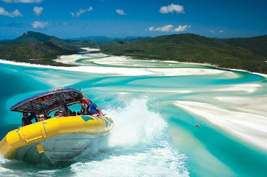 Airlie Beach, Australia: Ocean Rafting Whitsundays, Whitehaven Beach Adventure