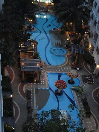 Hin Nam Sai Suay : piscine