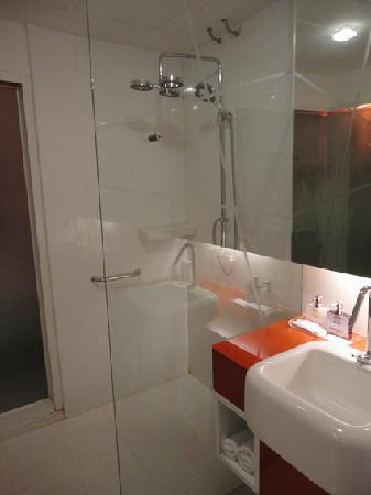 Hin Nam Sai Suay : salle de bain