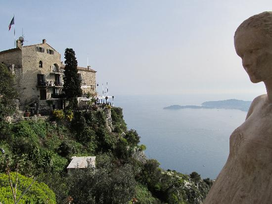 Eze, France: The statues view