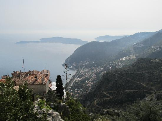 Èze, Frankrike: From Eze looking down