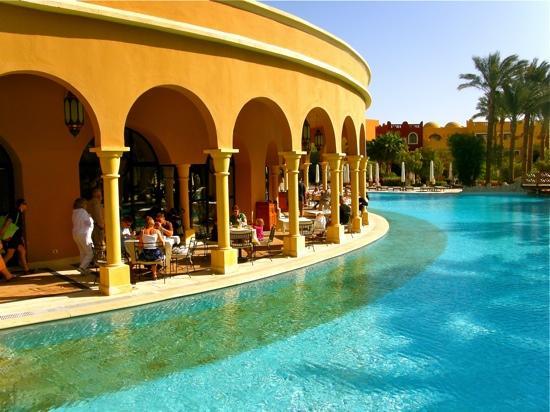 โรงแรมมาคาดี พาเลส: The Dome -Restaurant