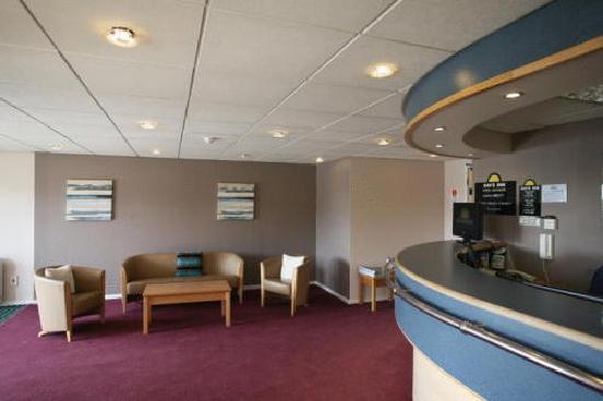 Days Inn Bradford M62: Reception