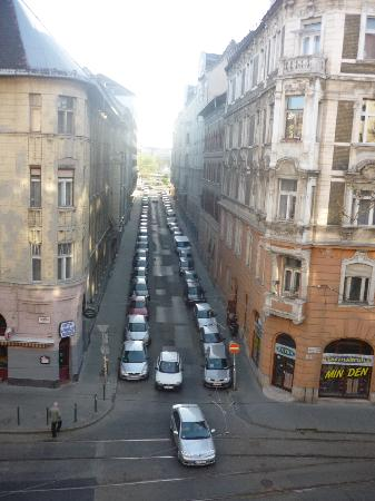 Boulevard City Guesthouse Budapest: View from the bedroom.
