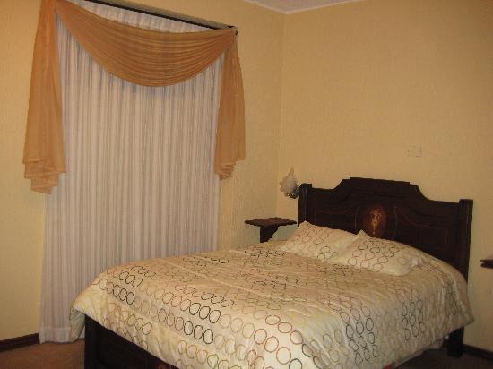 Hotel Catedral Internacional : Zimmer