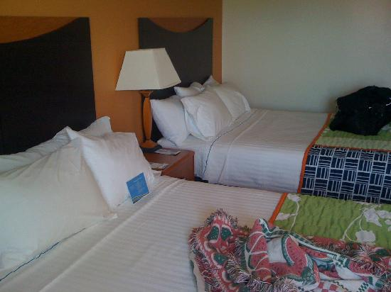 Fairfield Inn & Suites Norman: Beds