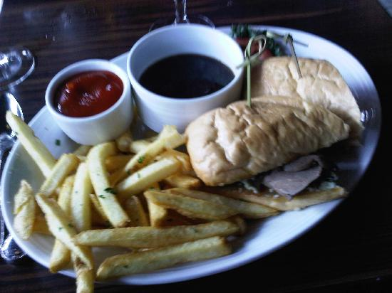 JUNO: My french dip & fries