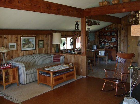Lant Hill Farm Bed & Breakfast: cozy home