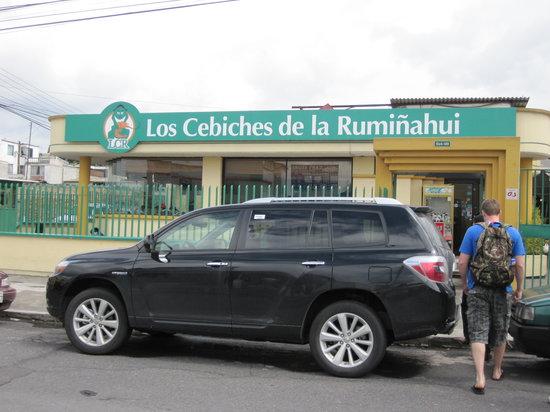 Los Cebiches De La Ruminahui: Exterior of Restaurant
