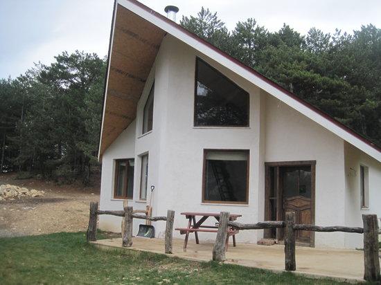 Sakintepe: Cabin