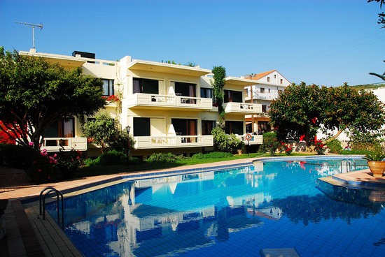 Lefka Apartments: Self catering studios and apartments with swimming pool