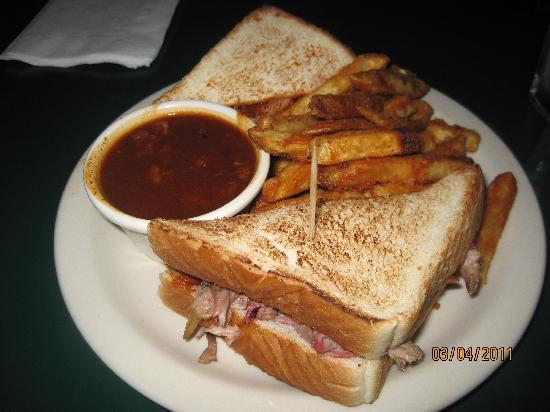 The Bar-B-Q Shop: Pulled Pork Sandwich on Toast