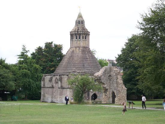 Glastonbury Abbey: The Abbot's Kitchen