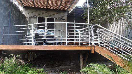 Kingfisher Bay Resort: Satinay Villa