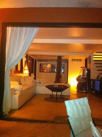Casa na Praia: Lounge a noite!!!