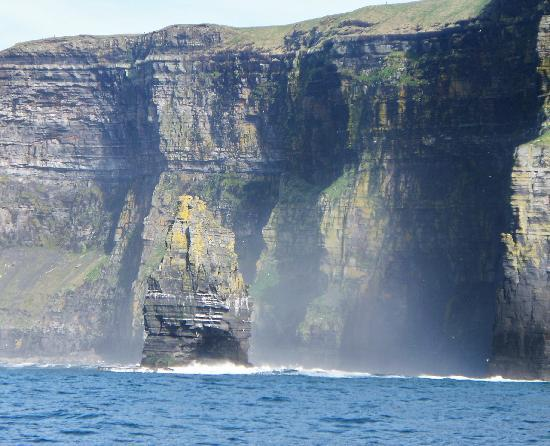 Atlantic View Cottages: Cliffs of Moher- 5 minute drive from cottage