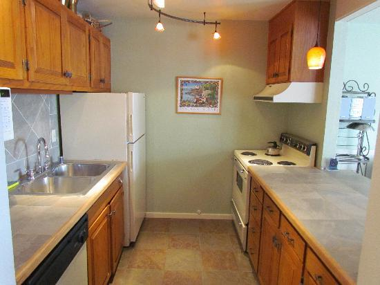 landmark orcas island newly remodeled kitchens and baths - Newly Remodeled Kitchens