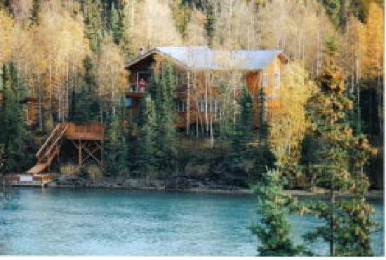 Upper Kenai River Inn : Photo of our Home from Across the River
