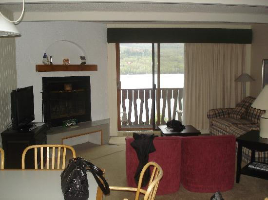 Hotel du Lac: Living room