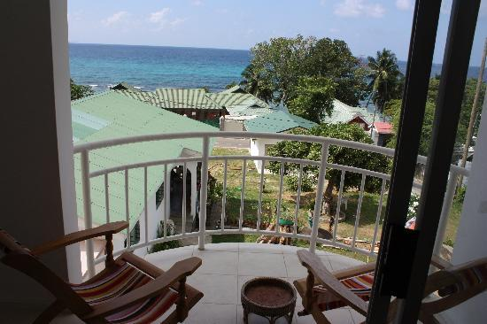 Ocean View Guest House: The balcony